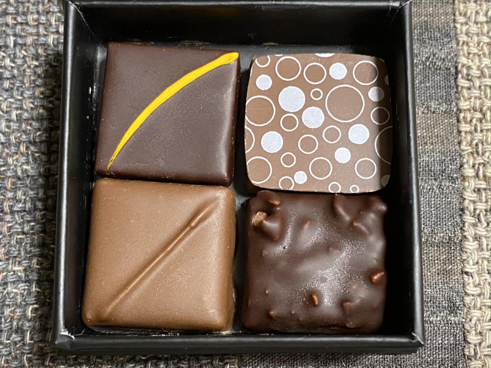 エドワートボンボンショコラ4粒入り 画像