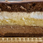 博多で初めてトリュフを作った老舗ショコラトリー「チョコレートショップ」のケーキを取り寄せてみた