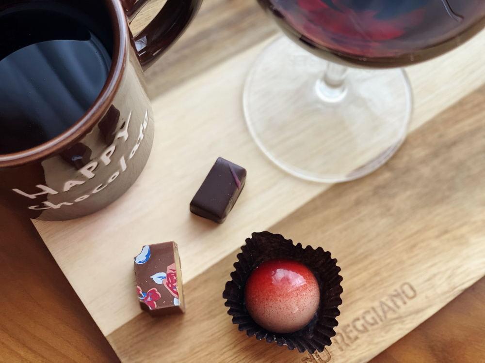 ナガノパープル(ブドウ)のボンボンショコラ