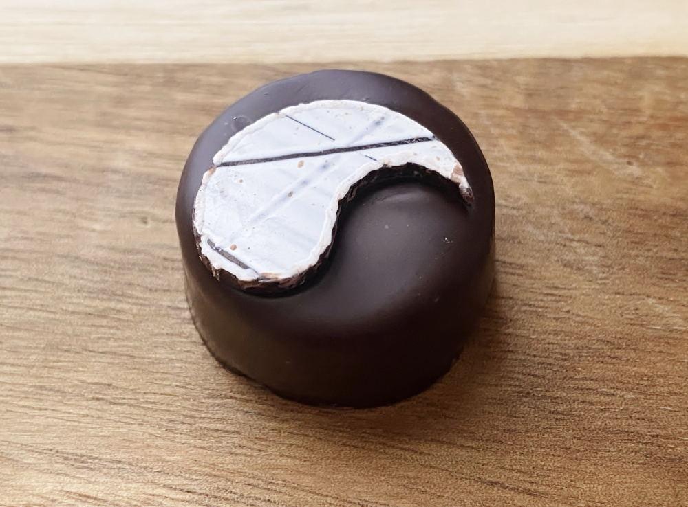 荏胡麻のボンボンショコラ