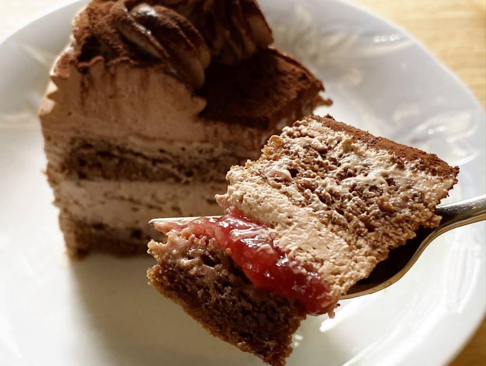 コージーコーナー グルテンフリーケーキの断面図