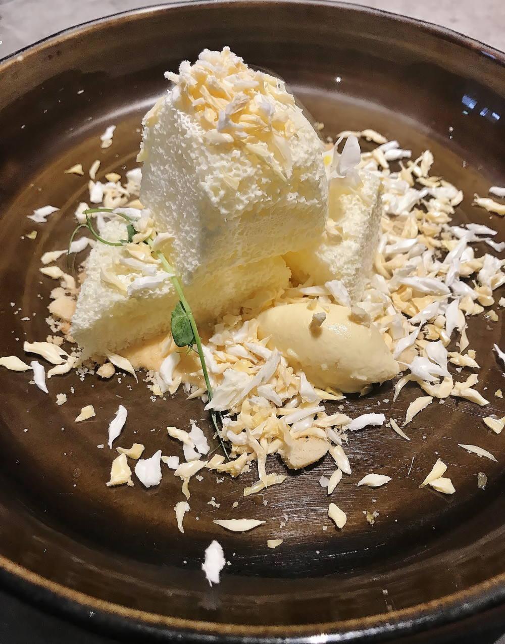 エアロチーズケーキ(ジェニスウォンアシェットデセール)