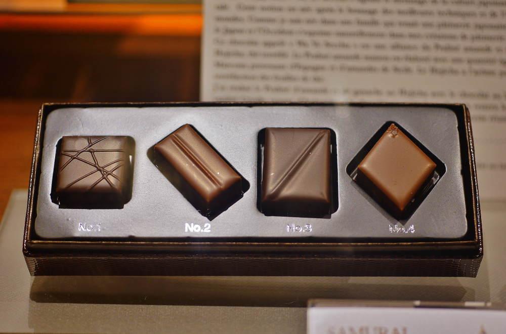 ル・ショコラデュアッシュ ボンボンショコラアソート パリにて