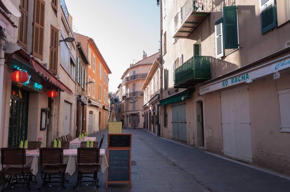 アンティーブ旧市街