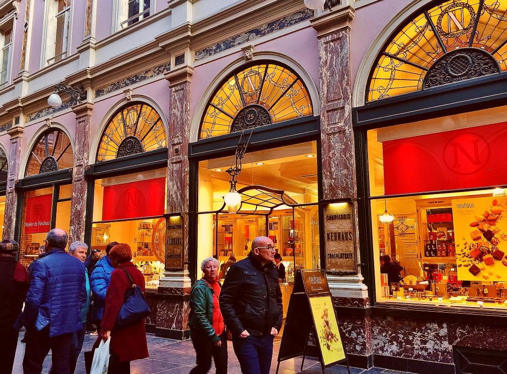 ブリュッセル ノイハウス 店舗