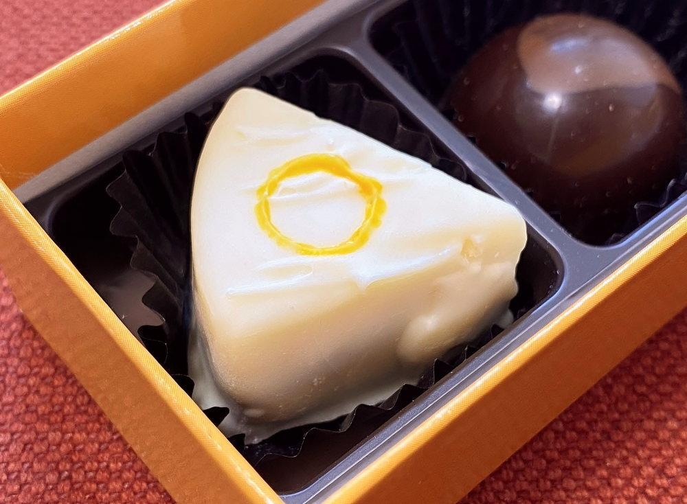 ル・ポミエ カマンベールチーズのチョコレート