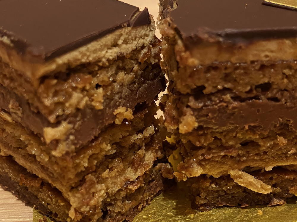 ドゥブルベ・ボレロのオペラケーキ