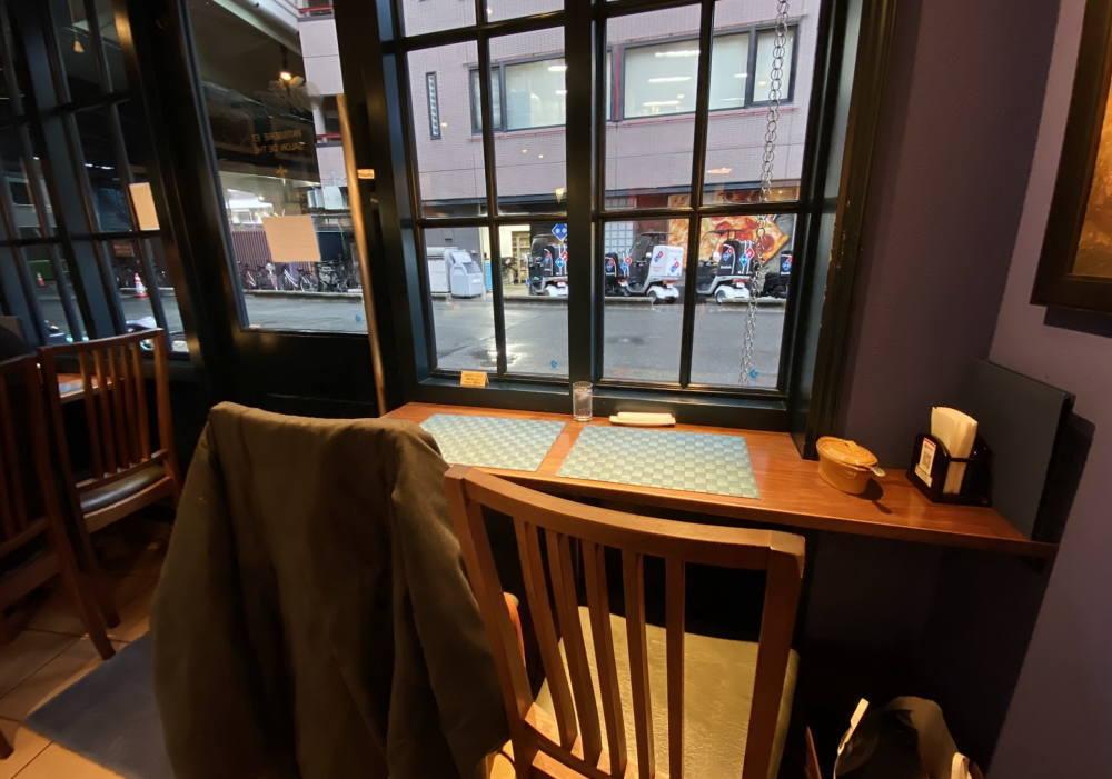 ドゥブルベ・ボレロ 大阪本町 カフェスペースの様子